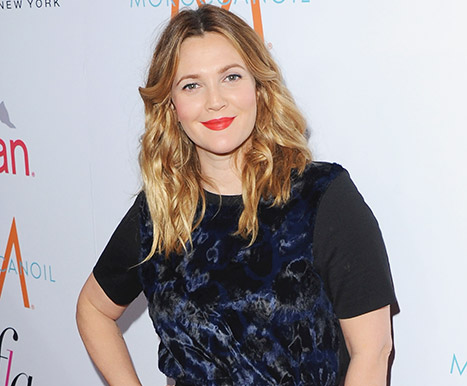Drew Barrymore Goes Without Makeup While Celebrating 40th Birthday at the Beach